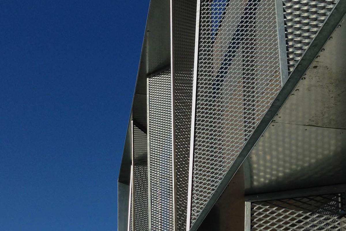 02-atelier-cub3-immeuble-de-bureaux-bain-de-bretagne-35