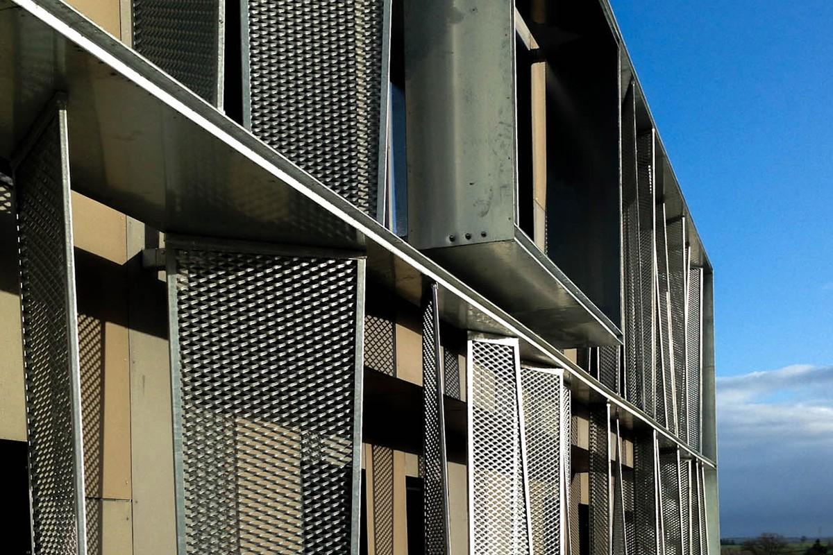 03-atelier-cub3-immeuble-de-bureaux-bain-de-bretagne-35